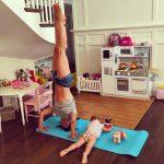 best-hilaria-baldwin-instagram-yoga-snaps (1)