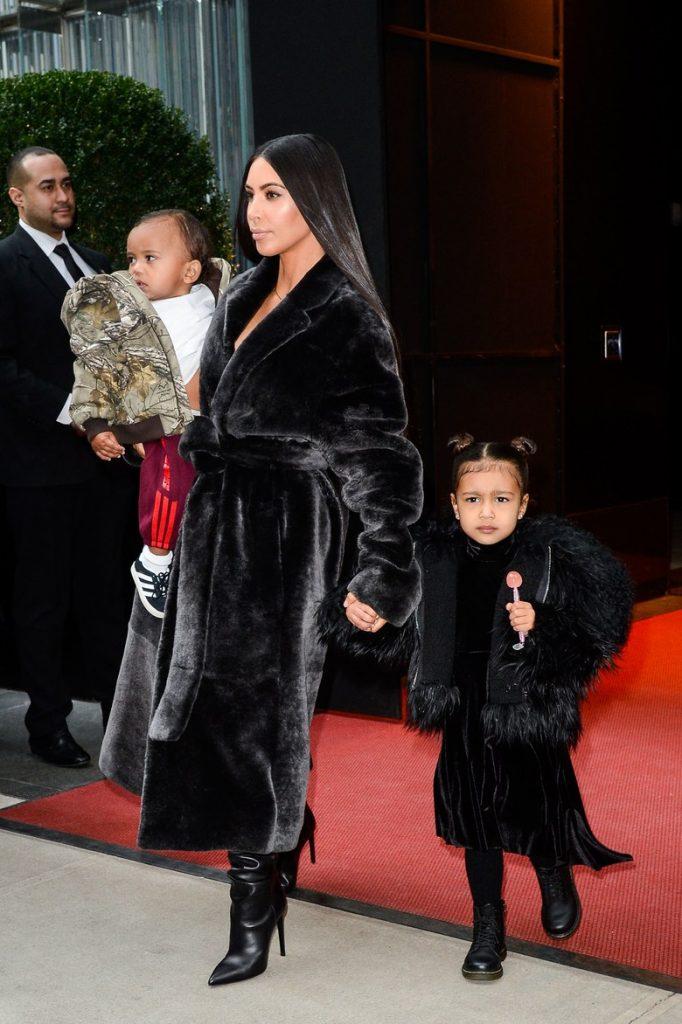 realmomster kimkardashian statement coat